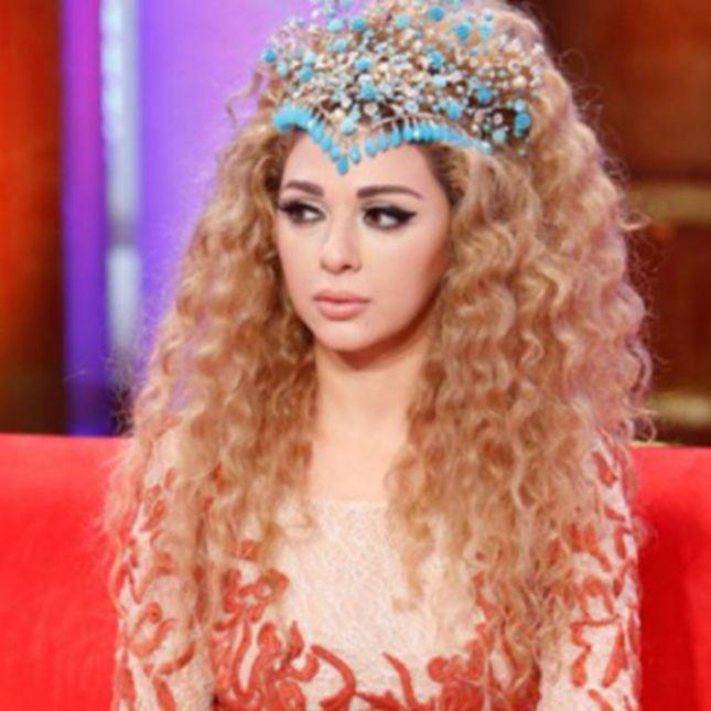 شاهدي لون شعر ميريام فارس 11