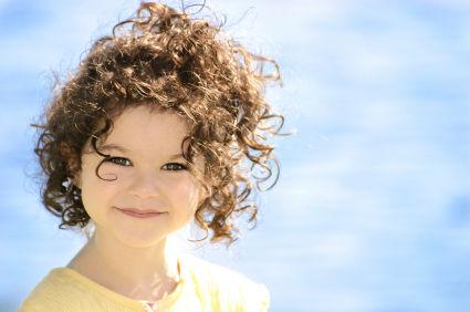 بالصور تسريحات اطفال للشعر القصير المجعد 6307 1