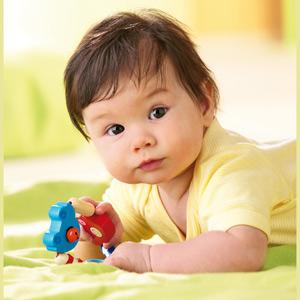 كيفية تطوير ذكاء الطفل الرضيع
