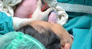 ولادة الشهر الثامن