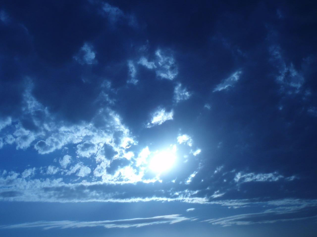 صور تفسير حلم السماء , شفتى السماء خضرة فى الحلم هفسرهولك