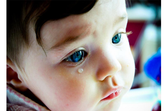 صورة صورة طفل بيعيط , صور اطفال يبكون