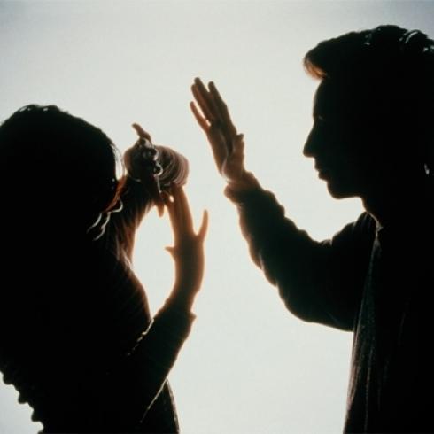 صوره ضرب المراة في الاسلام