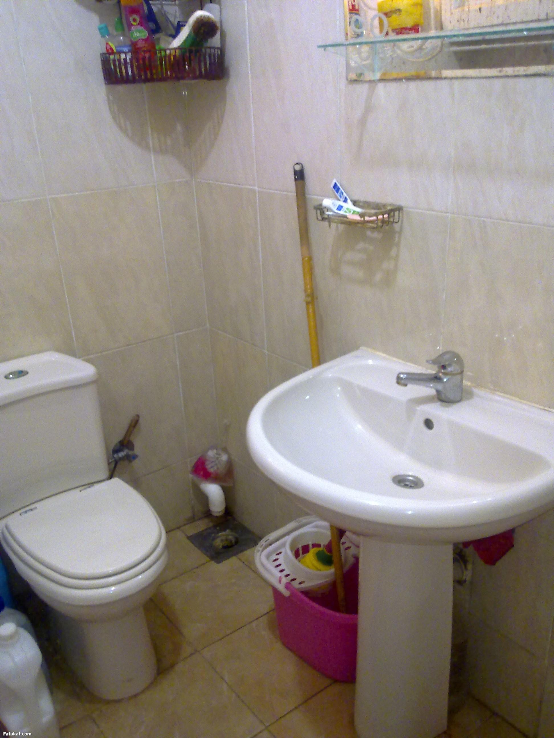 صور تنظيف الحمام