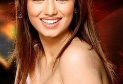 صور الممثلة الهندية عايشة