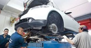 صورة تصليح السيارات
