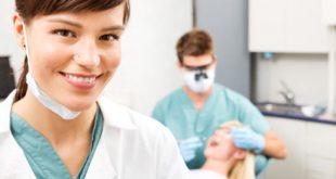 صوره معلومات عن طبيب الاسنان
