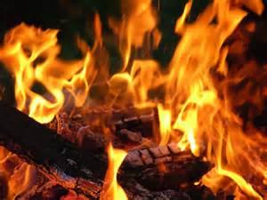 تفسير النار في البيت في المنام , مخضوضه علشان حلمتى بالنار هفسرهولك