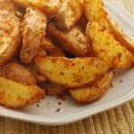 طريقة عمل البطاطس المشوية , اعرفى سر عمل البطاطس المشويه زى الجاهزة