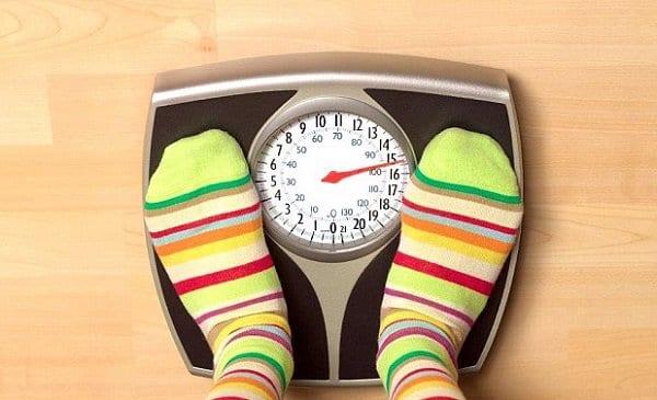 صورة تاثير الدورة الشهرية على الوزن , عايزة تعرفى الدورة الشهريه بتزود الوزن ولة لا هقولك