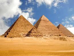 صورة بحث حول الاهرامات , موضع عن الاهرمات