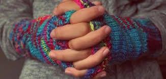 صور سبب برودة اليدين , تعرفى على اسباب برودة اليدين وكيفيه العلاج