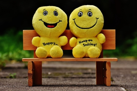 صورة كيف تعيش سعيدا , اسرار السعادة في الحياة