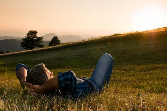 صورة كيف تعيش سعيدا ومرتاح البال , للعيش بسعادة وراحة بال