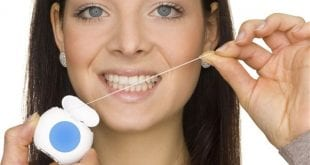 بالصور لماذا ينصح الاطباء باستخدام الخيط السني , اهم فوائد تنظيف الاسنان بالخيط 74864 2 310x165