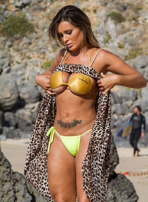 صوره ملكة جمال البرازيل , رونالدو وملكة جمال البرازيل