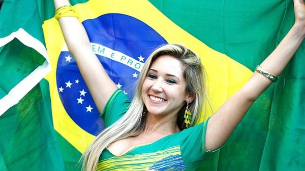بالصور ملكة جمال البرازيل , رونالدو وملكة جمال البرازيل 74905 8