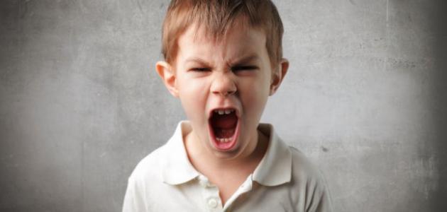 صورة كيف اتعامل مع طفلي العصبي والعنيد , الطفل العصبى العنيد وطرق التعامل معه