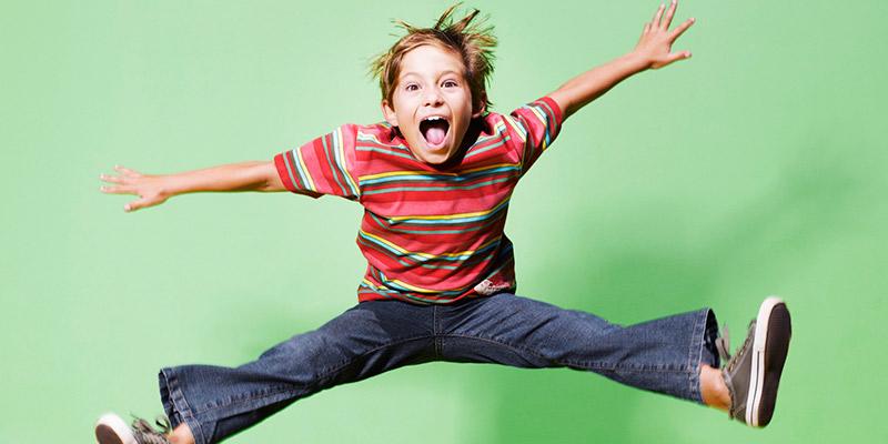 صورة كيف تتعامل مع طفلك كثير الحركة , الطرق الصحيحه للتعامل مع الطفل كثير الحركة 74784 1