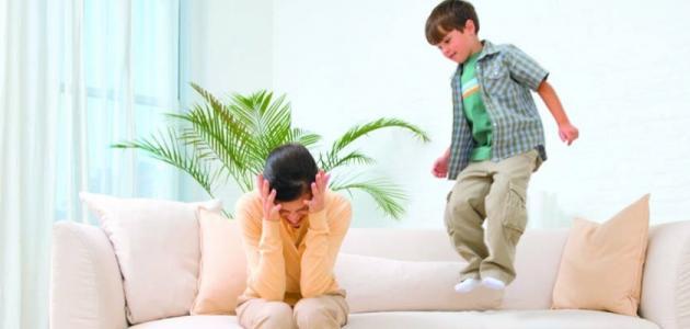 صورة كيف تتعامل مع طفلك كثير الحركة , الطرق الصحيحه للتعامل مع الطفل كثير الحركة 74784