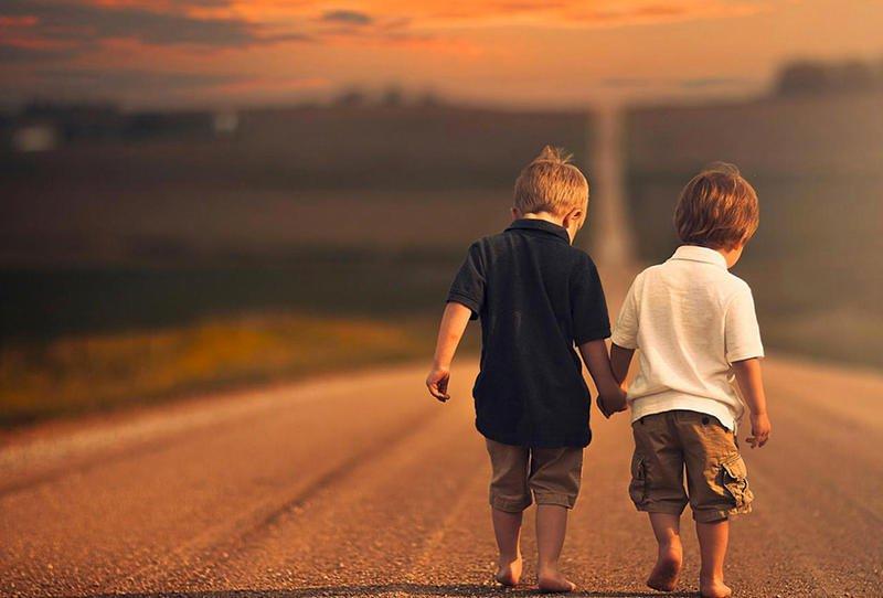 صورة صور للصديق , جبتلك صورة جميلة عن الصداقة